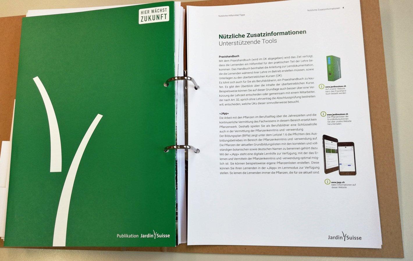 Ausbildungsdossier inkl. Instruktionshilfsmittel und Infos
