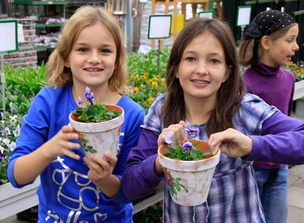 Schule in der Gärtnerei Kinder